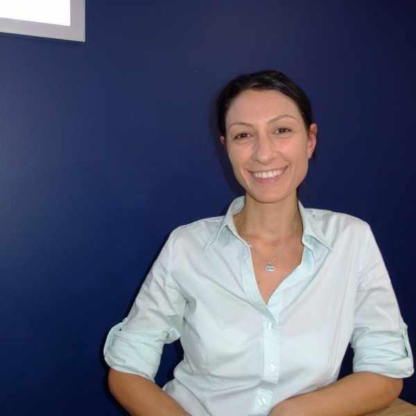 Dr Vicki Avramidis